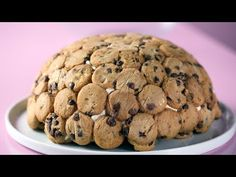 Recipe with video instructions: Packed with chocolate chip cookies and chocolate chip cookie-infused cream, this no-bake cookie cake puts all others to shame. Chocolate Chip Frosting, Chocolate Chip Cookie Dough, Mini Chocolate Chips, Milk Cookies, No Bake Cookies, Cake Cookies, Cookie Recipes, Dessert Recipes, Desserts