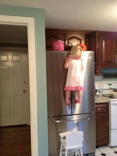Kid Meme - Find funny kids photos to brighten your day and get a laugh! Browse our kids gifs, funny videos of kids and more! Funny Babies, Funny Kids, Cute Kids, Babies Pics, Jolie Photo, Just For Laughs, Funny Cute, Scary Funny, Laugh Out Loud