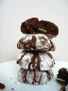 A Finn In The Kitchen: Chocolate Crinkle Cookies Stuffed with Andes Mints