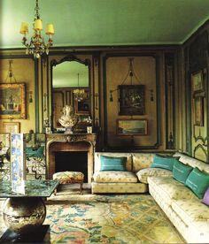 Elsie de Wolfe did at Villa Trianon
