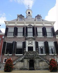 Stadhuis in Sneek | Monument - Rijksmonumenten.nl
