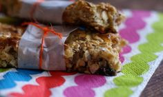 These 2 ingredient muesli bars are so easy that even the kids can make them with a little supervision. Much tastier than store bought muesli bars. Homemade Muesli Bars, Cooking Recipes, Healthy Recipes, Healthy Snacks, Fodmap Recipes, Bar Recipes, What's Cooking, Healthy Kids, Yummy Recipes