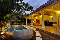 Seminyak - Rue Mertanadi, Bali Villa Celina - Location Touristique www.villacelinabaliparadise.com