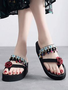 a28e2a5342 Shein Floral Applique Toe Ring Slippers Toe Rings