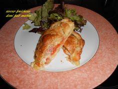 feuilleté  mozzarella une tranche de tomate coupée epaisse sel poivre un morceau de saumon fume ou de jambon a votre gout cuisson 30' à 180degr