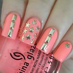 Studded Gold Star Nail Art. This is all sorts of perfect! I love it, so clever…