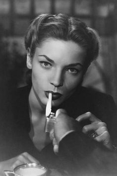 Remembering the Signature Look of Lauren Bacall
