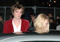 Harry Potter & Goblet of fire premiere Robert Pattinson Twilight, Robert Pattinson And Kristen, Vampire Boy, Robert Douglas, Twilight Pictures, Def Not, Celebs, Celebrities, Attractive Men