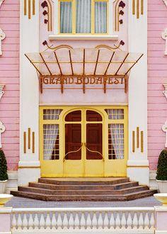 Hotel Grand Budapest - fachada belíssima