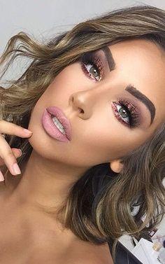 Bronze shimmer natural makeup for blonde green eyes Brittany Bear