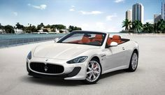Discover Maserati GranTurismo Convertible, the luxury sports top-down car. Learn about price, features and more, only on the official Maserati website. Maserati Convertible, Maserati Granturismo Convertible, Maserati Gt, Maserati Models, Quito, My Dream Car, Dream Cars, Fancy Cars, Crazy Cars
