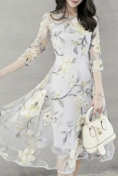 I like this dress, but kinda wish the print was cherry blossom