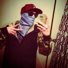 Hoody and mask? I like my shit more old-school bandana type way outlaw like the wild wild west just dropping all kinds of sauce on their face! #lit #wavy #badandboujee #bandana #fresh #killinthegame #savage  #lick