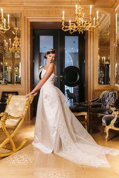 Entdecken Sie eine einzigartige Hochzeitslocation mitten im Zentrum von Wien!  (C) Tony Gigov Lace Wedding, Wedding Dresses, Business Events, Elegant, Boutique, Weddings, Fashion, Wedding Night, Centre