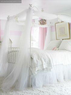 A PRE-TEEN GIRLS DREAM ROOM