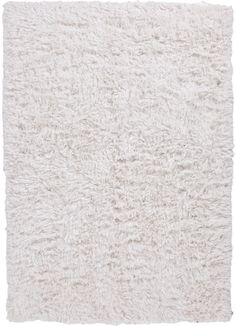 Float away on the plush, comfortable, and chic Cloud 9 Flokati rug. Place one in the bedroom and the thick, handwoven pile of the rug will have you dreaming before your head hits the pillow.