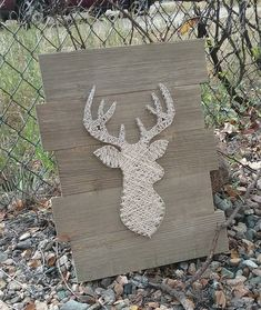 12inx16in cream string Deer! #deer #stringart #stringandnails #deerhunt #hunting #hunter #smallbusiness Handmade Signs, Design Your Home, Diy Christmas Gifts, Moose Art, Projects To Try, Frames, Shops, Etsy Shop, Crafty