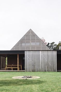 Forest House / Fearon Hay Architects - Covered external spaces