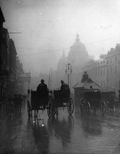 Hahnemuhle PHOTO RAG Fine Art Paper (other products available) - Hansom cabs drive through overcast streets on a rainy day in London. (Photo by F J Mortimer/Getty Images) - Image supplied by Fine Art Storehouse - Fine Art Print on Paper made in the UK Victorian London, Vintage London, Old London, London Rain, Victorian Era, London City, London 1800, Victorian Street, Victorian Vampire