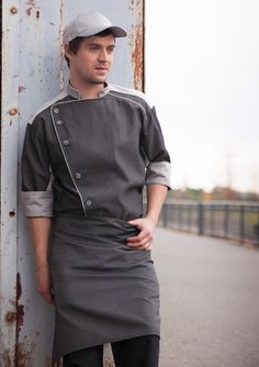 chef modelos diseños - Buscar con Google Chef Dress, Waiter Uniform, Hotel Uniform, Restaurant Uniforms, Kurta Men, Scrubs Uniform, Chefs, Work Uniforms, Apron