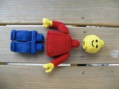 Knitted lego