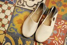 As alpargatas masculinas feitas à mão são um arraso para você presentear nesse dia dos pais! Venha visitar a nossa loja e garantir o seu presente!  Veja onde adquirir nossas peças em http://www.fuchic.com.br/#!enderecosfuchic/cq3z  //   The handmade male espadrilles are a hit for your Father's Day! Come visit our store and guarantee your gift!  See where to get our products: http://www.fuchic.com.br/#!enderecosfuchic/cq3z