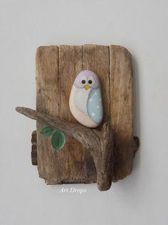 Sehe dir das Foto von Kunstfan mit dem Titel Niedliche Eule aus Stein und Treibholz basteln als Wanddeko und andere inspirierende Bilder auf Spaaz.de an.