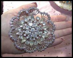 #RHINESTONE #BRIDALJEWELRY #VINTAGEBROOCH Huge Vintage Tiered Clear RHINESTONE BROOCH Flower High End Bridal Formal LQQK! $99