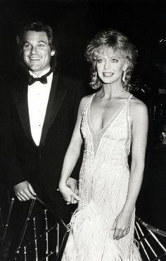 Goldie Hawn and Kurt Russell--such a good looking couple. Description from pinterest.com. I searched for this on bing.com/images
