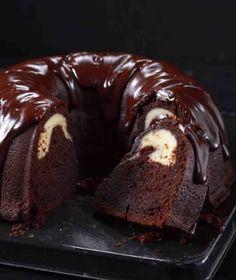 Cheesecake v našich končinách zdomácněl a patří mezi nejoblíbenější dorty. Cheesecake, Doughnut, Brownies, French Toast, Food And Drink, Pudding, Treats, Fresh, Cooking