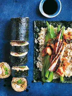 Chicken and kimchi quinoa sushi. The freshest and most flavourful sushi recipe you'll ever happen upon.