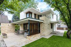 Szép Házak (@szephazak) | Instagram photos and videos Design Case, Home Fashion, House Plans, Exterior, House Design, Patio, House Styles, Outdoor Decor, Instagram