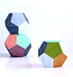 Make a 3D 2016 Printable Calendar - A Piece Of Rainbow