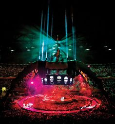 ~ The Claw, 360 Tour Went to show in miami in 2011 with my daughter… U2 Show, New Music, Good Music, Concert Stage Design, Irish Rock, Dance World, Best Rock Bands, It's Going Down, Looking For People