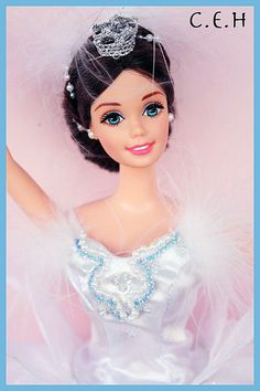 Fashion Dolls ◉◡◉ Ballerina Doll, Ballerina Dancing, Beautiful Dolls, Life Is Beautiful, Swan Queen, Bride Dolls, Barbie Princess, Ballet, Tiny Dancer