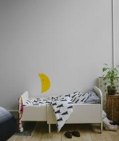 Gran crib bed set, by Gothenburg based designer Fine Little Day/Elisabet Dunker.
