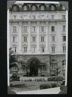 Fachada principal Hotel Granada Cali, Granada, Santa Fe, Louvre, British, Building, Travel, Lifestyle, Old Houses