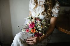 DETAILS | We love sharing sweet pops of prettiness like Em's delightful bouquet by @tilldaflowers (captured by @brownpaperparcel) #prettyasapicture #realwedding #weddingflowers #bridalbouquet #weddingphotography #whitemagazine #love