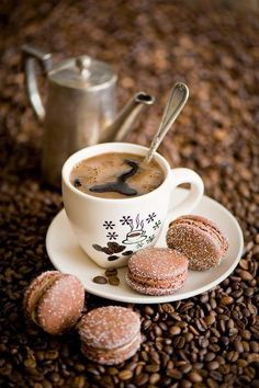 coffee and beautiful little chocolate macarons. But First Coffee, I Love Coffee, Coffee Art, Coffee Break, My Coffee, Coffee Drinks, Morning Coffee, Coffee Shop, Coffee Cups