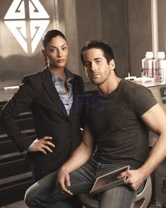 Erica Cerra and Niall Matter as Jo Lupo and Zane Donovan on Eureka