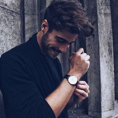 Congratulations to @eduardlinares on being our #dwpickoftheday! use #danielwellington for a chance to get featured and visit danielwellington.com to find your favorites! by danielwellington - Coming soon to Grace & Co