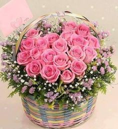 ✿⊱✿⊱ROSAS✿⊱✿⊱ Sweet centerpiece for your garden wedding. Beautiful Flower Arrangements, My Flower, Pretty Flowers, Floral Arrangements, Pink Roses, Pink Flowers, Fleur Design, Arte Floral, Flower Boxes