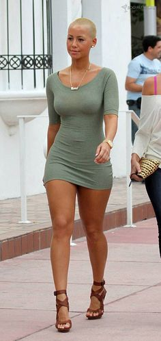 amber rose werks. it. out.