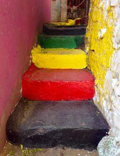 Escalera colorida del barrio San Jerónimo .Asuncion