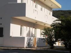 Kalonisa Kefalos Kos. Located 150 metres from the beach of Kefalos, Kalonisa offers studios with a balcony overlooking the Aegean Sea, or the mountains of Kos and the garden. Each studio has a kitchenette with cooking hobs and a fridge. All rooms are equipped with a private bathroom with shower. KosExplorer.com -