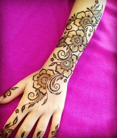 Simple Mehndi Design Collection For Girls In 2020 Henna Hand Designs, Eid Mehndi Designs, Mehndi Designs Finger, Henna Tattoo Designs Simple, Arabic Henna Designs, Mehndi Designs For Girls, Mehndi Designs For Beginners, Mehndi Design Pictures, Mehndi Designs For Fingers