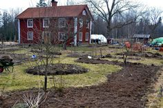 Garden Inspiration, Garden Ideas, Vegetable Garden, Cabin, House Styles, Plants, Home Decor, Google, Image