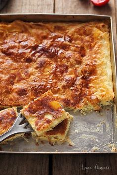 Placinta rapida cu dovlecei si urda | Retete culinare Laura Adamache Romanian Food, Lasagna, Zucchini, French Toast, Good Food, Food And Drink, Appetizers, Cooking, Breakfast