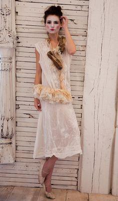 Magnolia Pearl European Cotton Evelien Dress in antique white