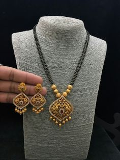 sterling silver and cubic zirconia wedding ring sets New Gold Jewellery Designs, Gold Mangalsutra Designs, Gold Earrings Designs, Handmade Jewellery, Silver Jewellery, Diamond Mangalsutra, Resin Jewellery, Jewellery Earrings, Temple Jewellery